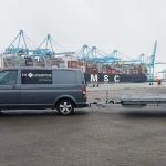 im_portfolio_signing_Fit_Logistics