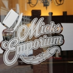 im_portfolio_signing_micks